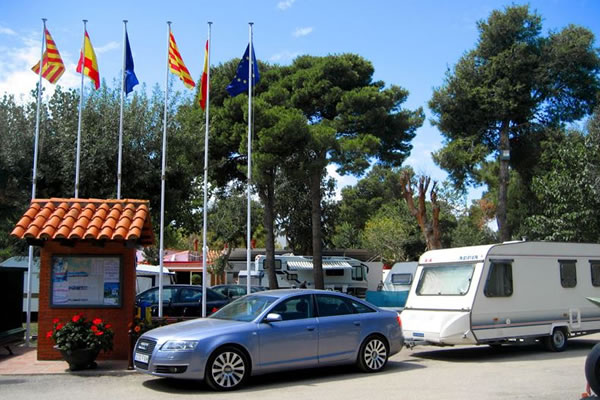 Camping Vall d'Or entrada