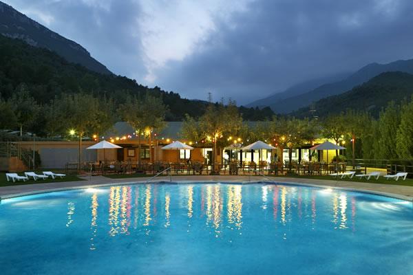 camping Bassegoda piscina