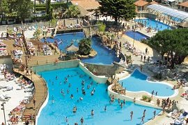 Le Vieux Port. Camping with the largest water park in France