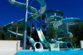 Sunelia Les 3 Vallees. Camping with large water park, water slides, artificial river