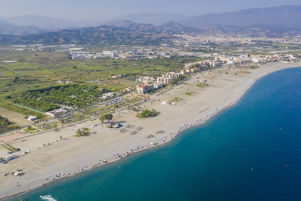 campings/espana/andalucia/granada/costa-tropical/PlayadePoniente/playadeponiente22-2.jpg