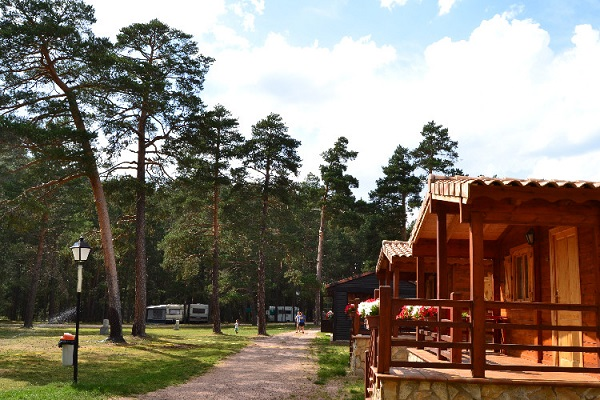 /campings/espana/castilla-la-mancha/guadalajara/Orea/camping-orea-1483086041-xl.jpg