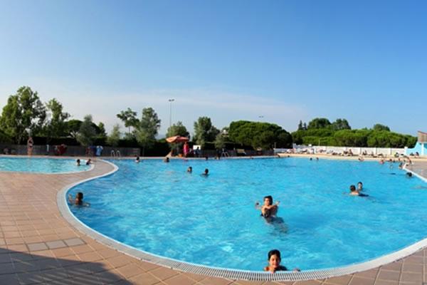 Camping 3 Estrellas piscina
