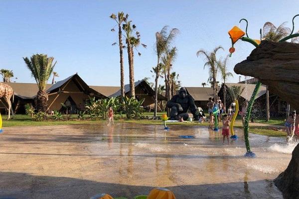 Campsite El Delfin Verde In Torroella De Montgri Vayacamping