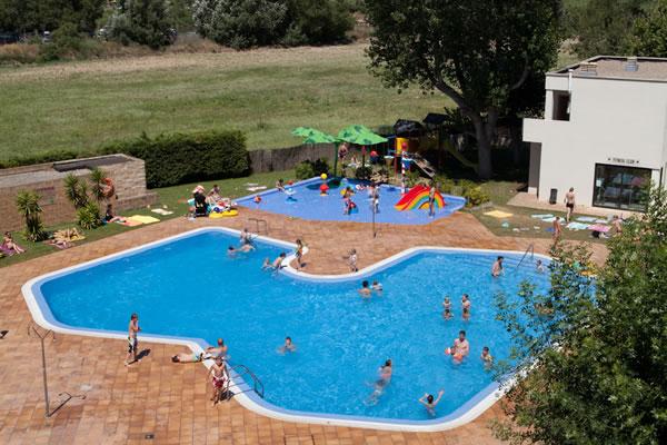 Camping Riu piscina