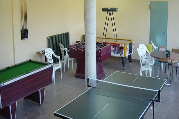 /campings/espana/catalunya-cataluna/girona/pirineo/ValldeRibes/sala-de-jocsb-960x400.jpg