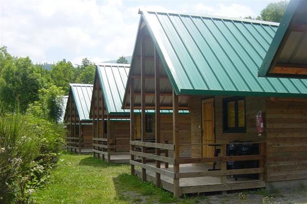 Camping Vall de Ribes bungalows verano