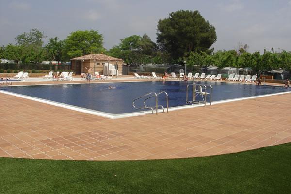 Camping Sirena Dorada piscina