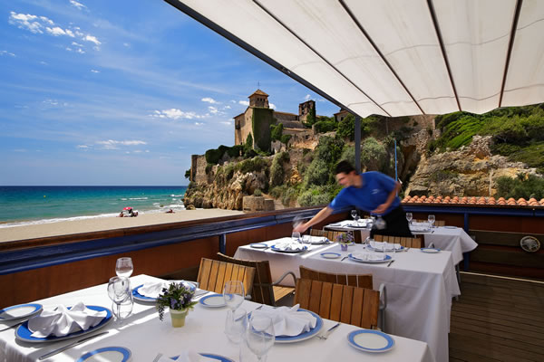 Camping Tamarit restaurante playa