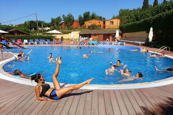 Camping joan en cambrils gu a vayacamping - Camping piscina climatizada catalunya ...