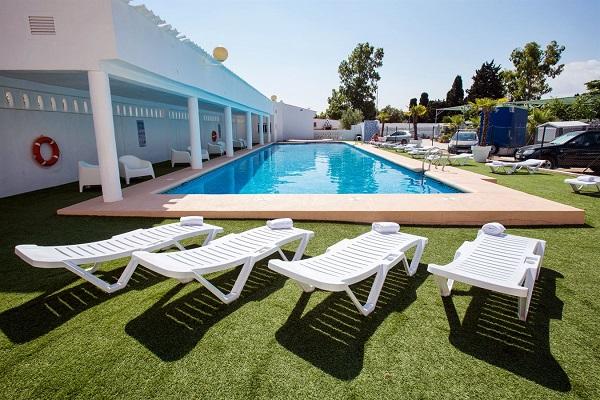 campings/espana/comunidad-valenciana/alicante/costa-blanca-norte/piscina2.jpg