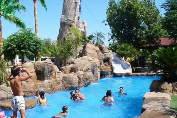 /campings/espana/comunidad-valenciana/castellon/costa-del-azahar/SpaNatura/piscina.jpg