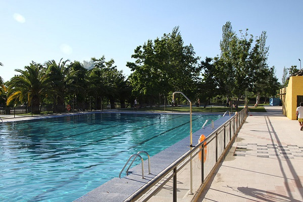 /campings/espana/extremadura/caceres/Caceres/piscina-3.jpg