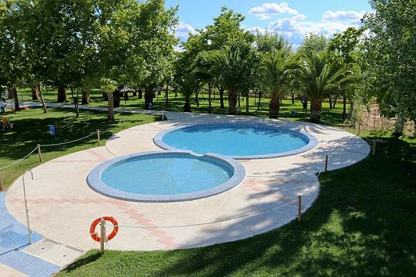 /campings/espana/extremadura/caceres/Caceres/piscina-4.jpg