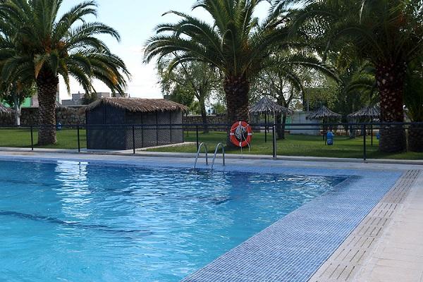 /campings/espana/extremadura/caceres/Caceres/piscina-7.jpg