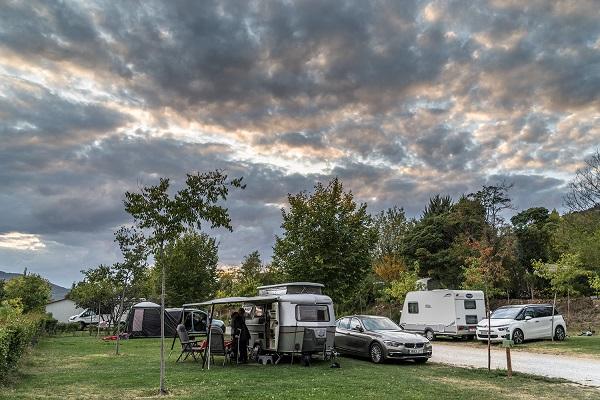 /campings/espana/madrid/madrid/sierra-norte/MonteHoliday/jsm2914baja.jpg
