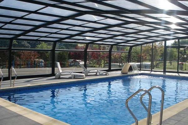 /campings/espana/principado-de-asturias/asturias/costa-verde-este/Ribadesella/piscina-climatizada-10.jpg