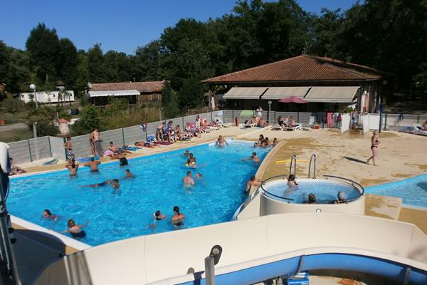 Camping Val de l'Eyre piscinas