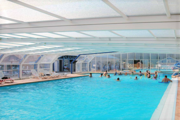 /campings/francia/aquitania/landas/ClubMarinaLandes/piscine.PNG