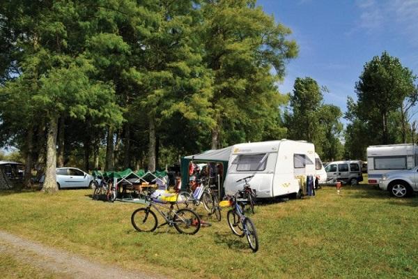 campings/francia/aquitania/landas/camping-aurilandes-1482320886-xl.jpg