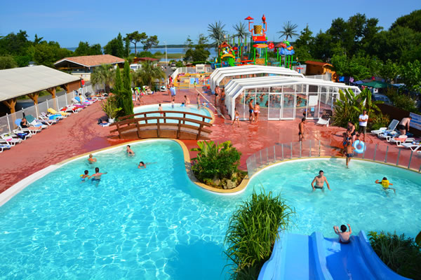 Camping Les Grands Pins Sanguinet complejo piscinas