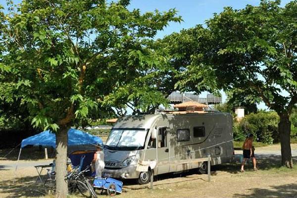 Camping Le Saint Martin Moliets parcela autocaravana