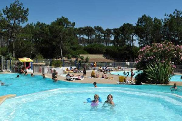 Camping Le Saint Martin Moliets piscina infantil