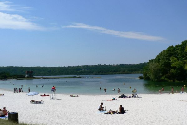 /campings/francia/ile-de-france/sena-y-marne/InternationaldeJablines/1-plage-1.JPG