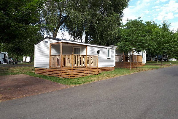 /campings/francia/ile-de-france/sena-y-marne/InternationaldeJablines/location-mobil-home-terrasse.jpg