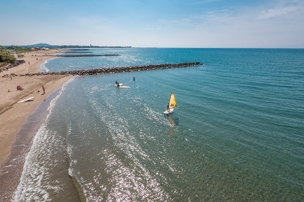 /campings/francia/languedoc-rosellon/herault/Le Club Farret/plage-drone-farret-vias.jpg