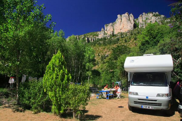 campings/francia/languedoc-rosellon/lozere/le-capelan-meyrueis-2.jpg