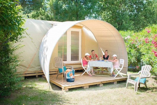 /campings/francia/languedoc-rosellon/pirineos-orientales/LesPins/sjour-insolite-camping-argles-sur-mer.jpg