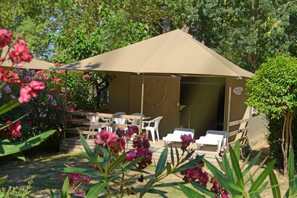 Camping Les Pins Argeles bungalow lona