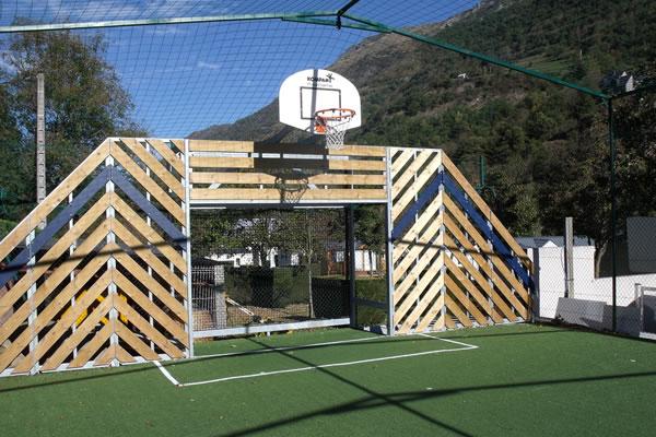 Camping Pyrenees basket