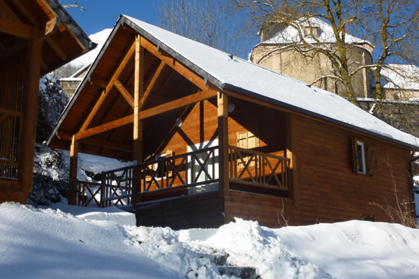 Camping Pyrenevasion chalet invierno