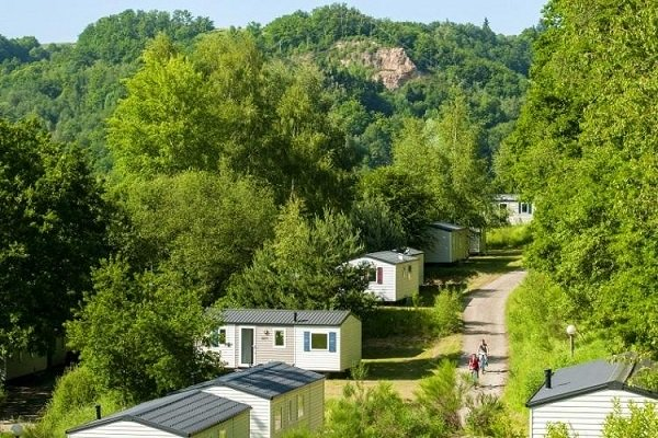 /campings/francia/midi-pirineos/aveyron/Domaine des Tours/camping-les-tours-1483322840-xl.jpg