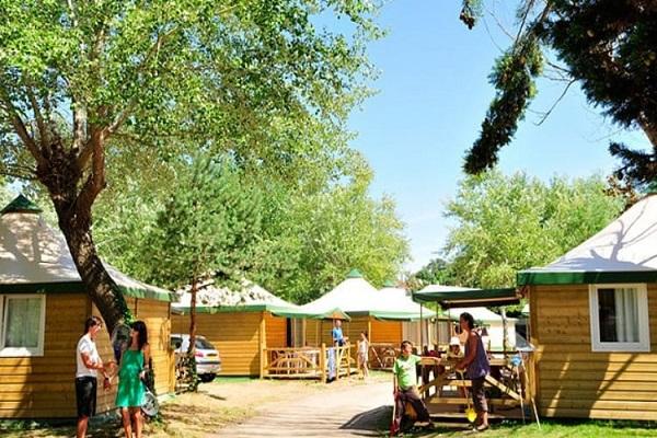 /campings/francia/poitou-charentes/charente-maritima/Clairefontaine/camping-clairefontaine-1501238480-xl.jpg