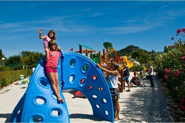 /campings/francia/provenza-alpes-costa-azul/var/ClosdesOliviers/camping-d-1515061486-xl.jpg