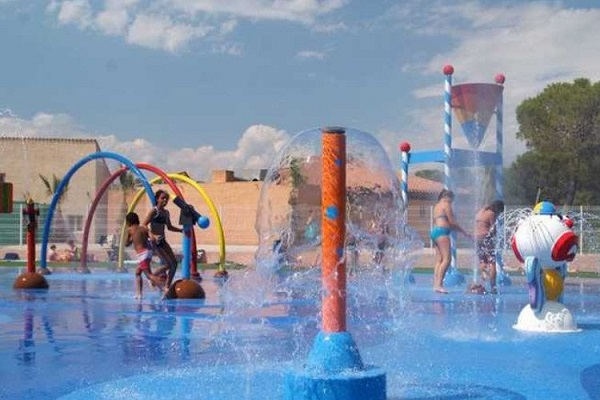 campings/francia/provenza-alpes-costa-azul/var/camping-parc-oasis-village-puget-sur-argens-1482338367-xl.jpg