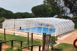 Campings con piscinas espacio acu tico en espa a for Camping con piscina climatizada en tarragona