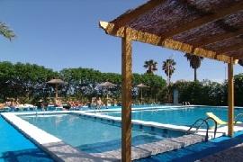 Campings con piscinas espacio acu tico en comunidad for Camping con piscina climatizada en comunidad valenciana