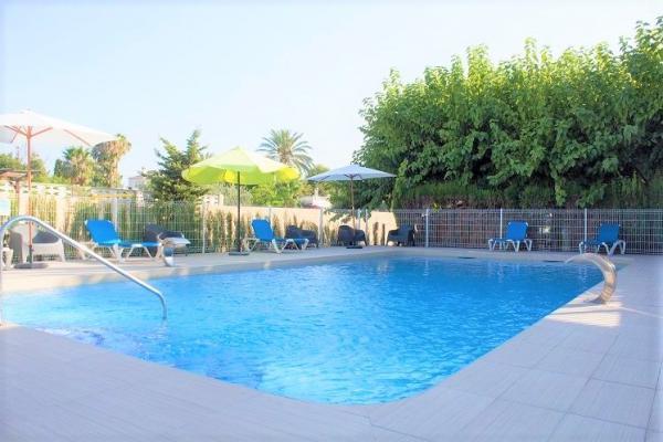 /campings/espana/comunidad-valenciana/alicante/costa-blanca-norte/Armanello/camping-con-piscina-2-1.jpg