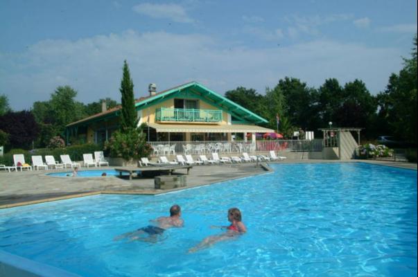 /campings/francia/aquitania/landas/LouPtit/camping-louptitpoun-landes-piscine.jpg