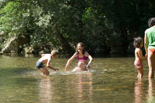 /campings/francia/midi-pirineos/ariege/Arize/l-arize-4.jpg