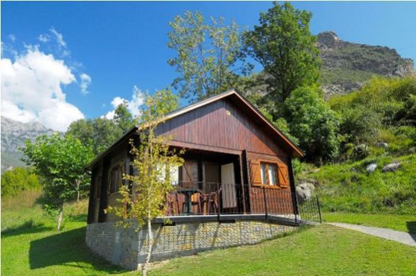 Camping La Borda d'Arnaldet bungalow verano