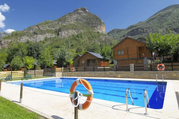 Camping La Borda d'Arnaldet piscina