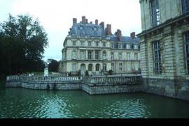 Palacio Real  y bosque de Fontainebleau
